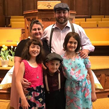 McKinzie Family -  Pastor Charles, Carrie and their kids: Cambria, Catriona and Charlie