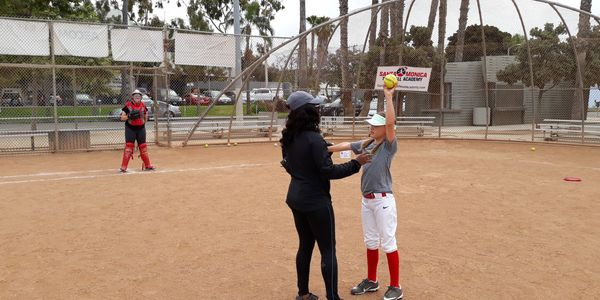 santa monica softball academy pitching  camp