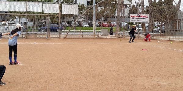 SANTA MONICA SOFTBALL ACADEMY summer camp