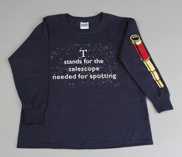 Telescope-T-shirt: story text & imagery on front and back of long-sleeved t-shirt