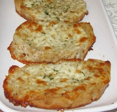 Garlic Capital Products® Cheesy Garlic Bread