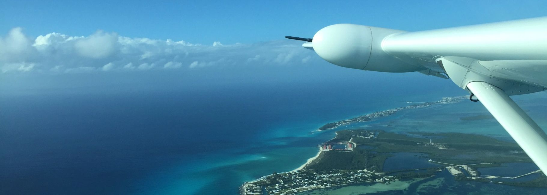 Bahamas Airports, Islands, information. JetsetPrivate Air Charter Flight Destinations in Bahamas