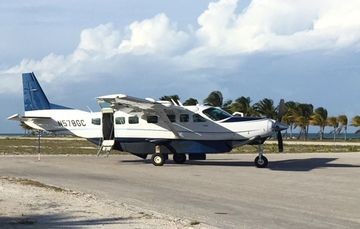 Charter flight single seats to Bimini, Bahamas. Cessna Caravan. JetsetPrivate Air.