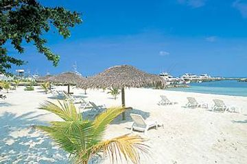 Marsh Harbour Beach, Abaco, Bahamas. Charter flights to Abaco, Bahamas. Marsh Harbour airport