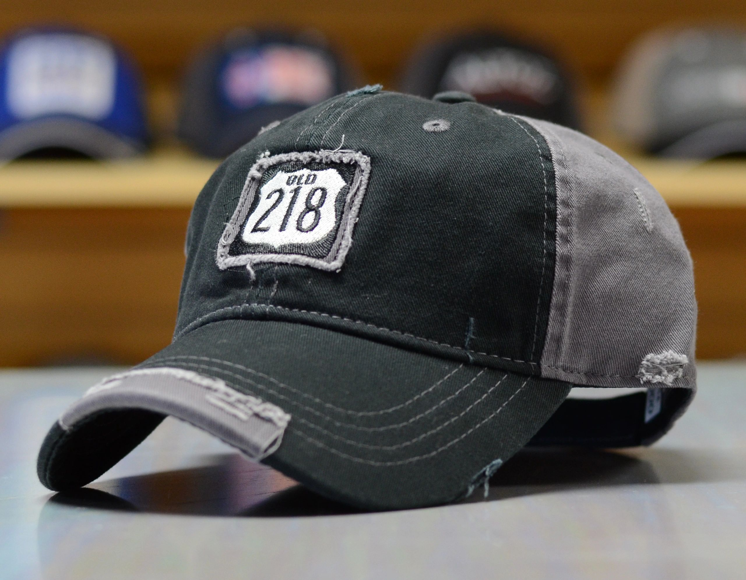 embroidered cap,distressed cap,decorated cap,old 218,patch hat,my logo on cap hat,richardson cap