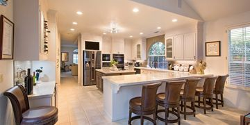 BUDGETING IS KEY Good budgeting is the key to making your dream kitchen a reality. Make a list of al