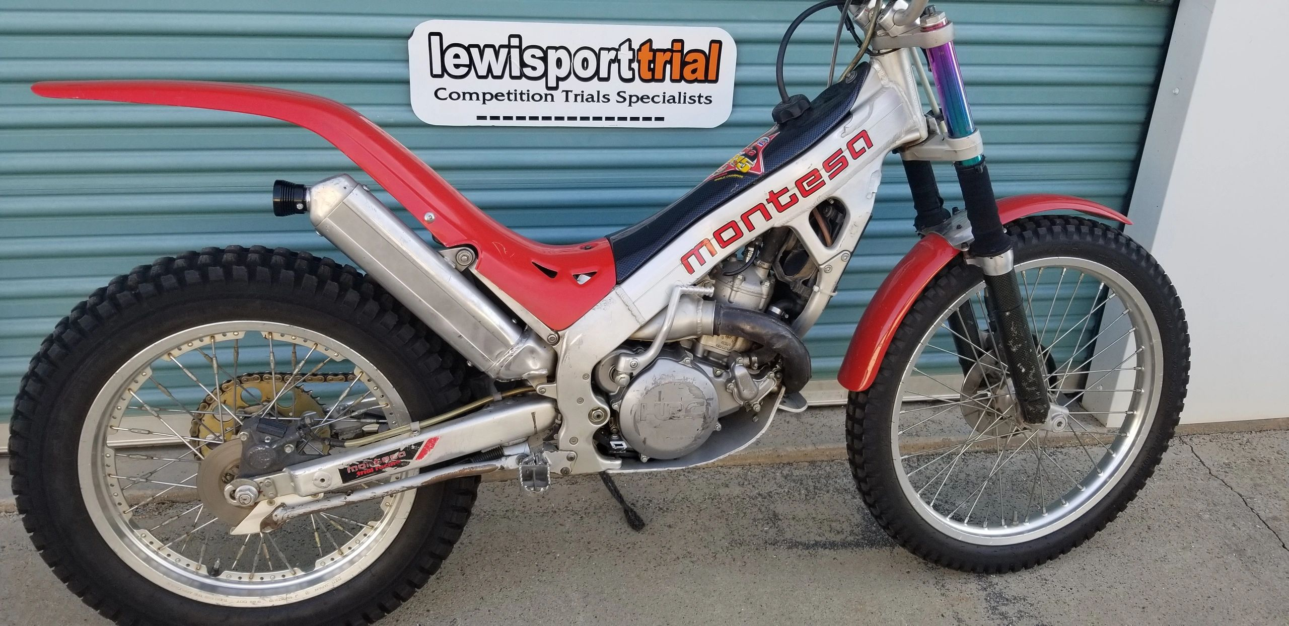 "{""blocks"":[{""key"":""7foh"",""text"":""Montesa 315r 2 stroke 1999, good example of this very popular trials machine-- bike is in good condition and has all paperwork including a CA green sticker, bike is situated here at our shop , please call owner for more details $2500...Dennis Edwards Tel:209.795.5491 or cell 209.768.8146"",""type"":""unstyled"",""depth"":0,""inlineStyleRanges"":[],""entityRanges"":[],""data"":{}}],""entityMap"":{}}"