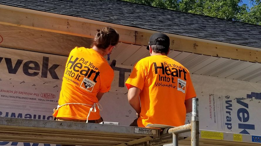 Building with a volunteer team from Andersen Corporation.  We love our volunteers!