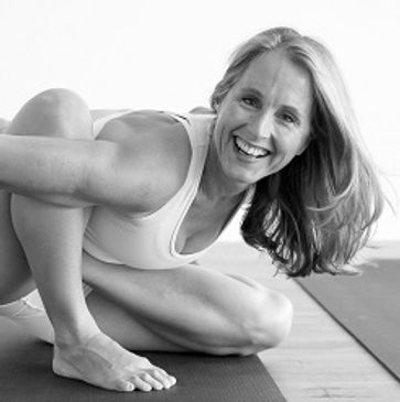 Sari Yoga | Ashtanga Yoga Guildford Teachers