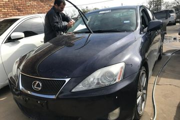Windshield repair, auto glass repair, windshield replacement near me, auto glass near me,
