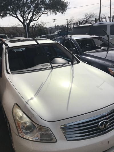 Windshield replacement for all cars.