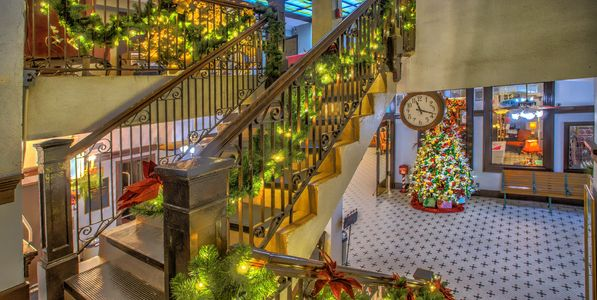 Christmas at The Redlands Hotel