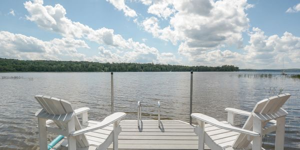 Waterfront home for sale in the Laurentians, Grand Lac Nominingue.