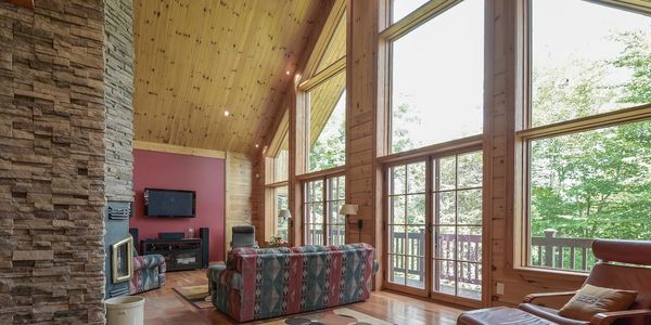 Waterfront home for sale in the Laurentians, Lac Barron, Gore