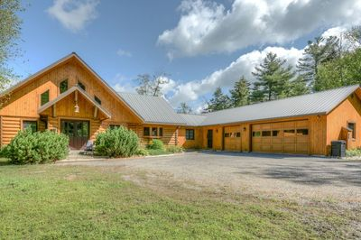 Waterfront home for sale on Lac Barron in Gore, located in the Laurentian mountains of Quebec