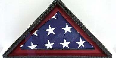 custom framing, military flag, honoring veterans, shadow box