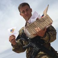 Soldiers register for care packages