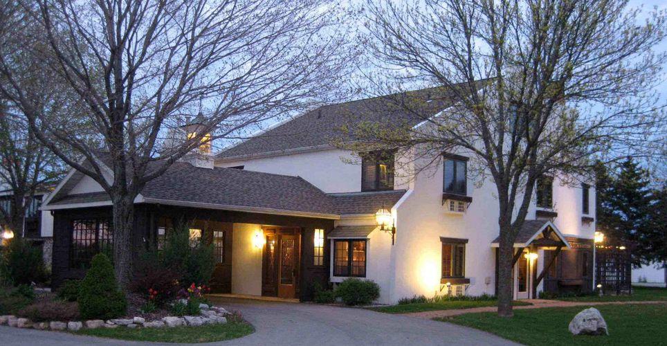 Settlement Courtyard Inn Lavender Spa