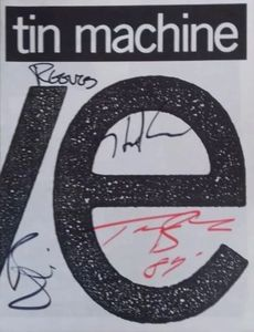 REDUCED  Tin Machine fully signed programme/poster in MINT condition.   Great unrushed Bowie autogra