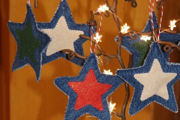 Sparkly star decorations