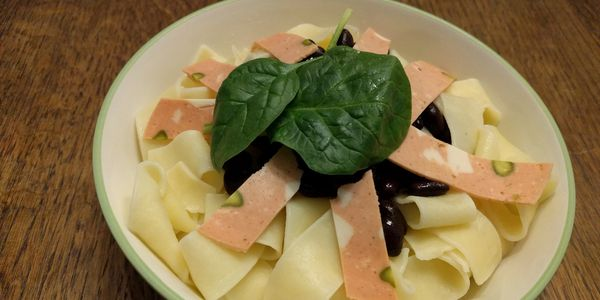 pasta with meat alternatives