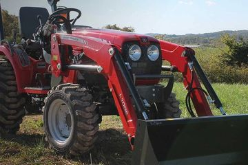 1500 Series Compact Tractor