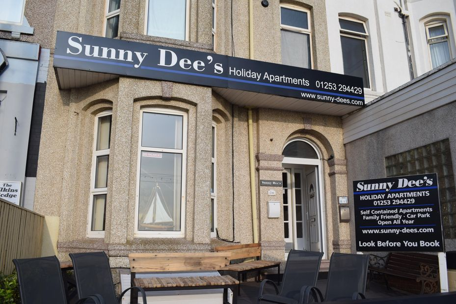 Cheap self catering Blackpool sunny dee's