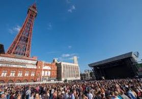 Blackpool Illuminations Switch on sunny dees cheap self catering apartments