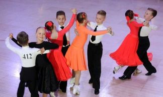 Blackpool Junior Dance Festival Sunny Dees cheap self catering apartments