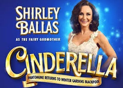 Sunny Dee's cheap self catering accommodation seafront Blackpool pantomime Shirley ballas david ribi