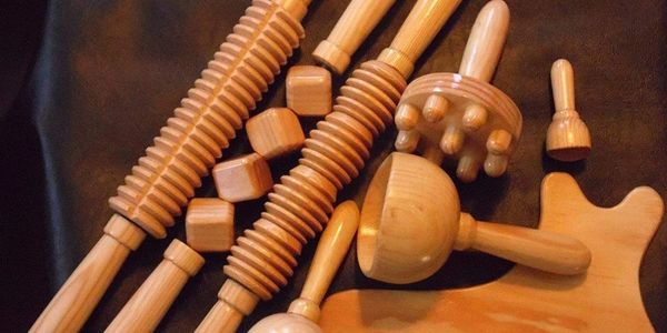 WOOD THERAPY TREATMENT PLAN The technique employs a series of repetitive movements using more than a