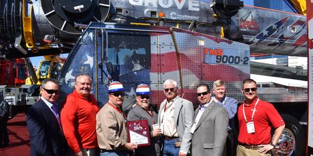 celebrates purchase of Grove TMS9000-2 at CONEXPO 2017