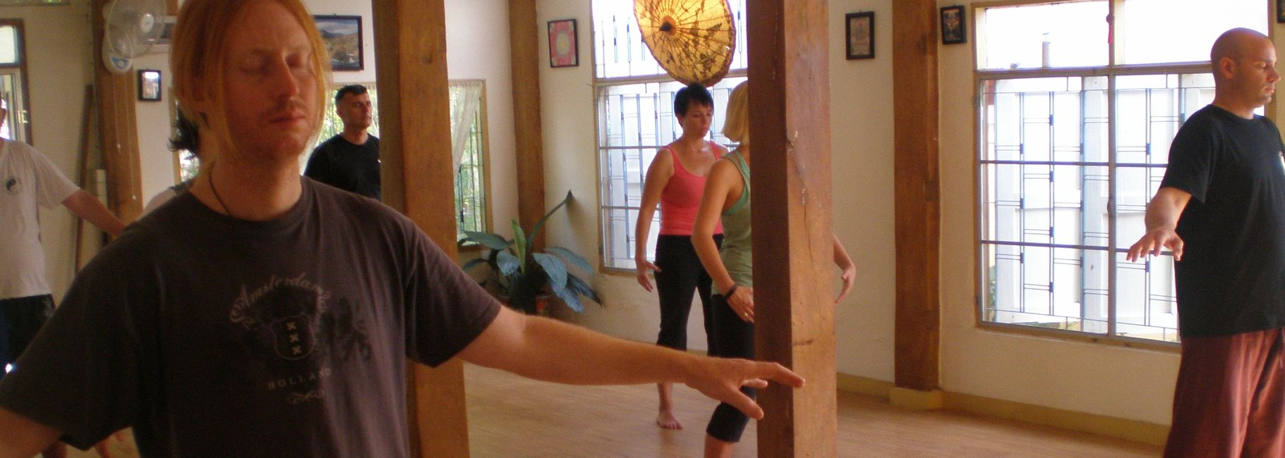 Chi Kung Chiang Mai.. Standing Qigong practice at Body and Mind Healing