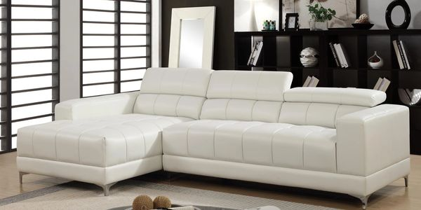 1014 White Sectional $888