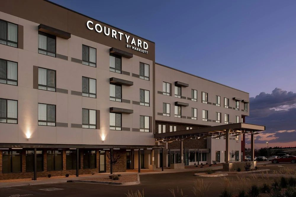 Located next door to the Las Cruces Convention Center.  Special rates of $109 per night for ParaCon.