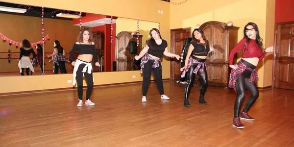 Burlesque and bachata workshop