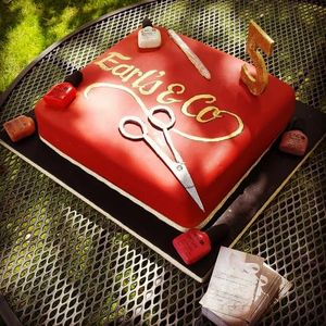 Celebration cake, bespoke, corporate, logo, Cheltenham, Gloucestershire, birthday, Cotswolds