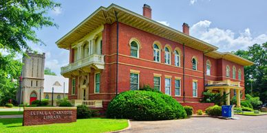 A photograph of Eufaula Carnegie Library captured by Peter Pauley Photography.