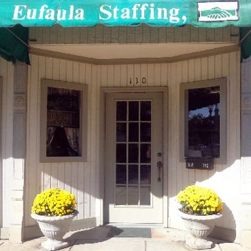 A picture of the storefront of Eufaula Staffing in Eufaula, Alabama.