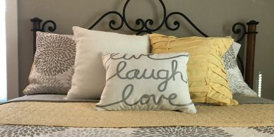 "<img src=""Bedding.jpg"" alt=""Yellow and gray comforter with yellow accent pillow and coverlet"">"