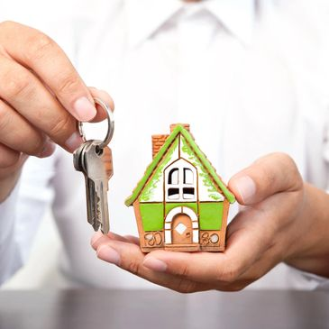 Let us help you fill your rental property with qualified tenants. Put good tenants in your apartment