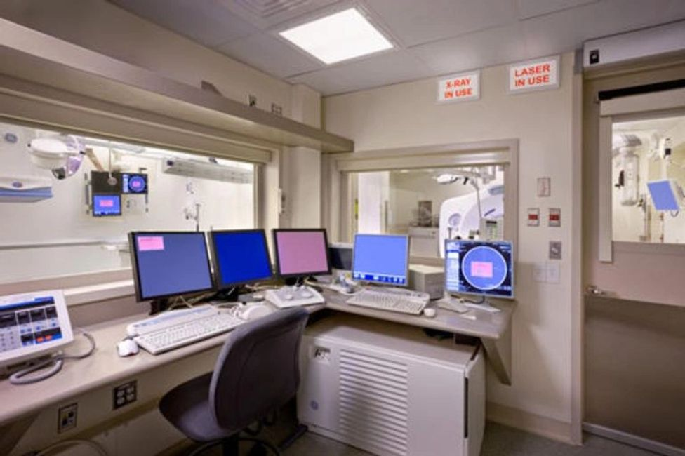 X-ray lead glass control room