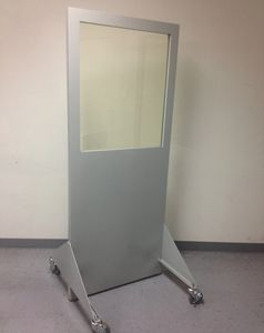 X-Ray shielded mobile control screen barrier
