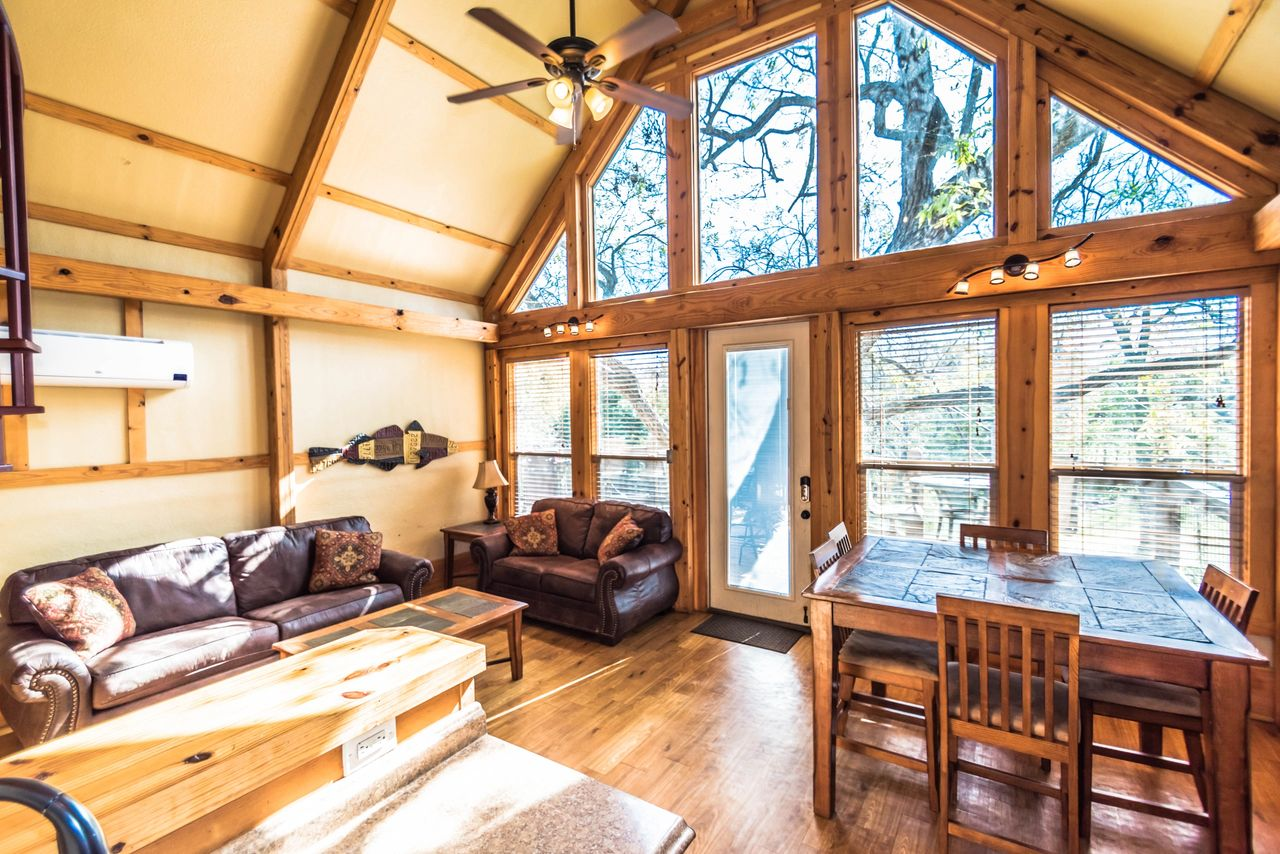 River Road Treehouse Guadalupe River Cabins Winter Special