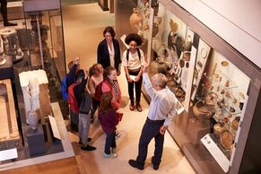 Attract people who like touring visitor venues like museums, gardens, zoos and aquariums and more.