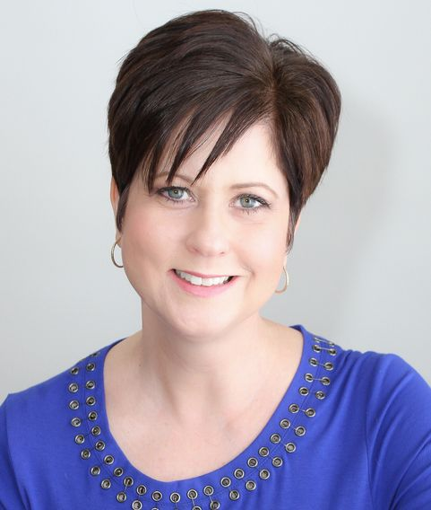 Vicki Sydor is a Registered Social Worker and NLP & Time Line Therapy Master Practitioner