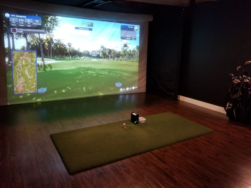 V Golf Indoor Golf Simulator Suites - Cranston, RI