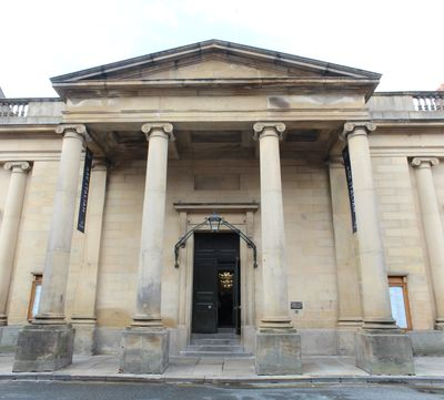 The Assembly Rooms, York: built 1730-5, portico added 1828. YGS image, public domain CC BY-SA 3.0.