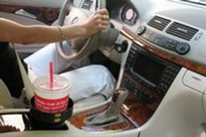 Large Fountain Drink in Cup Holder Insert