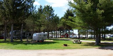 The best Serviced sites. Internet, Power, Picnic Shelter, Gathering spots & Fun for the kids